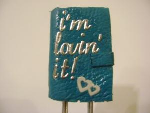 """""""te lovesc de..."""" semn de carte 8 lei"""